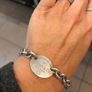 Jewelry - Tiffany and co Oval Tag Bracelet